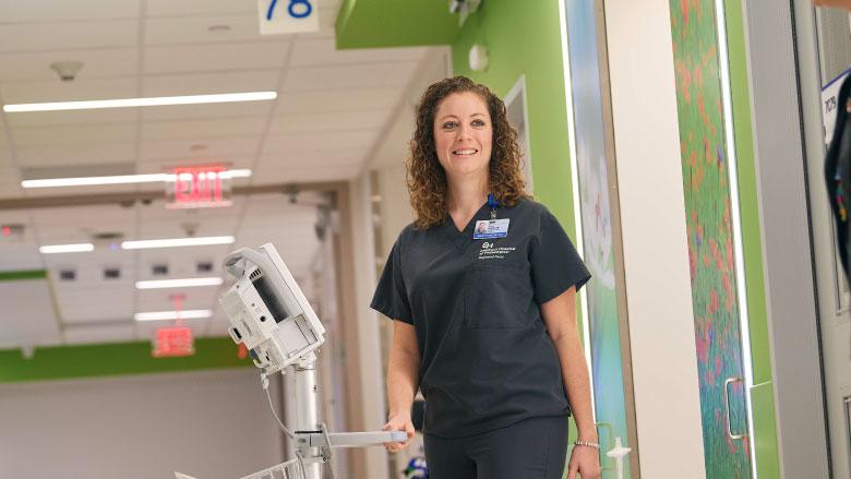 PICU nurse working in hospital