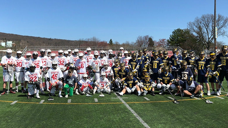 Lacrosse teams group photo