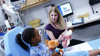Surgery Patient with Childlife Specialist