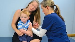 Comfort position: Preschooler Back-to-chest Position