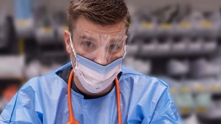hospital employee wearing PPE