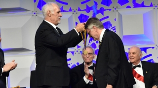 Douglas Wallace receives the Franklin Medal from Don Morel, Chief of the Franklin Institute Board