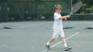 sean playing tennis
