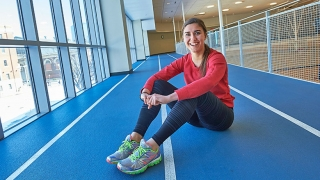 Teen girl ready to run indoor track