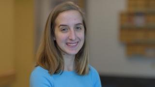 Kristen IBD patient smiling