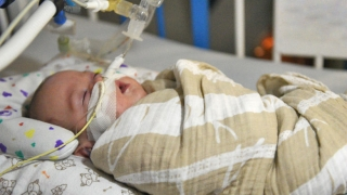 Intubated infant