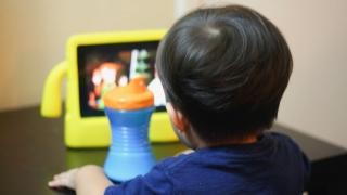 Toddler screen time