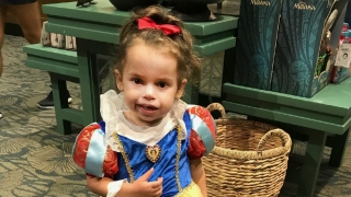Alissa dressed as Snow White