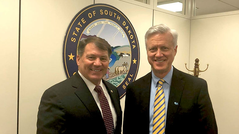 Dr. Adzick and Senator Mike Rounds