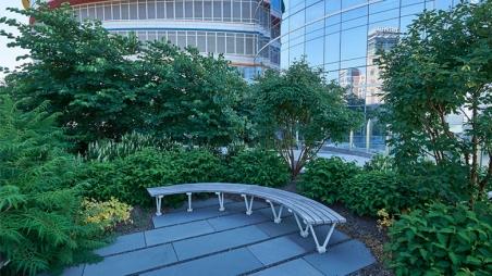 Buerger Center Garden Bench