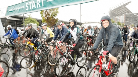 Bicycle Race start for the Eagles Autism Challenge