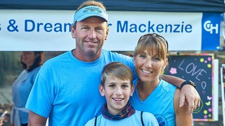 Family of three at Parkway Run