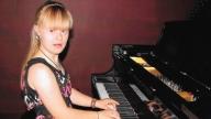 meghan playing piano
